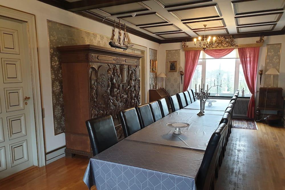 Karališkos klasės apartamentai - Svetainės zona