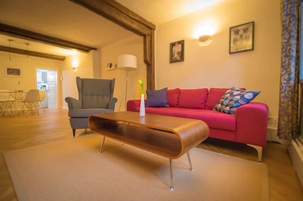 Hus - 2 sovrum - Vardagsrum