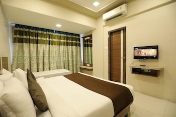 Enter your dates to get the Lonavala hotel deal