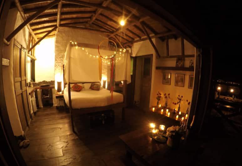 Viga Vieja Cabaña Rustica by Nomad Guru, Manizales, Romantic Cabin, 1 Double Bed, Non Smoking, Room