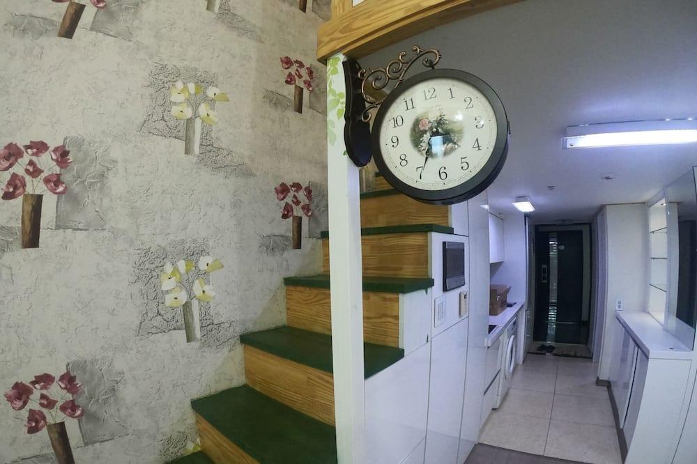 Full House - Area soggiorno