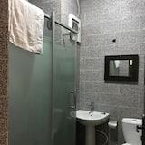 Room (Blue Bell) - Bathroom