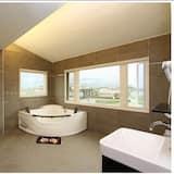 Kamar Quadruple Comfort (3F) - Kamar mandi