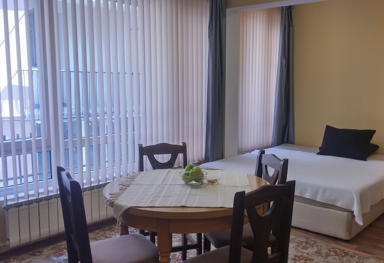 Studio Central Square, Plovdiv, Economy Studio, Multiple Beds, Non Smoking, In-Room Dining