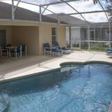Villa familiar, piscina privada, con vista al jardín - Piscina