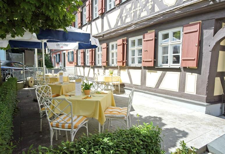 Arvena Reichsstadt Hotel, Bad Windsheim, Restaurante al aire libre