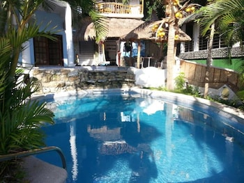Fotografia do Dolphinbay Beachfront & Dive Resort em Puerto Galera