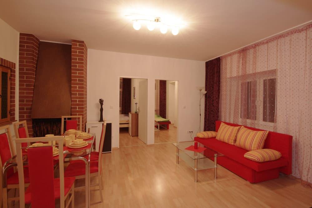 Basic Διαμέρισμα, 3 Υπνοδωμάτια, Θέα στην Πόλη - Καθιστικό