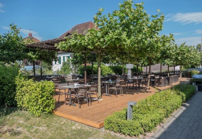 Villa Behr, Вендлинген-на-Неккере, Обед на террасе