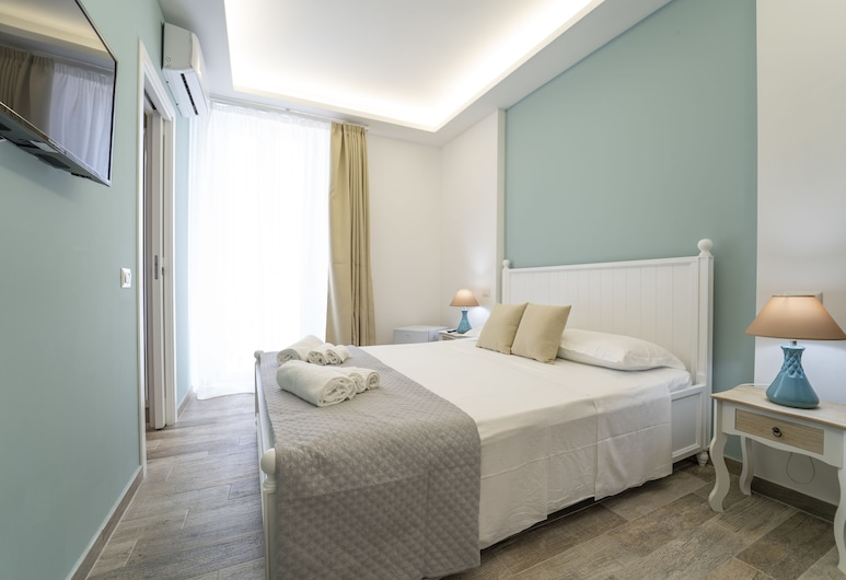 Casa Solmes, Olbia, Deluxe Suite, Guest Room