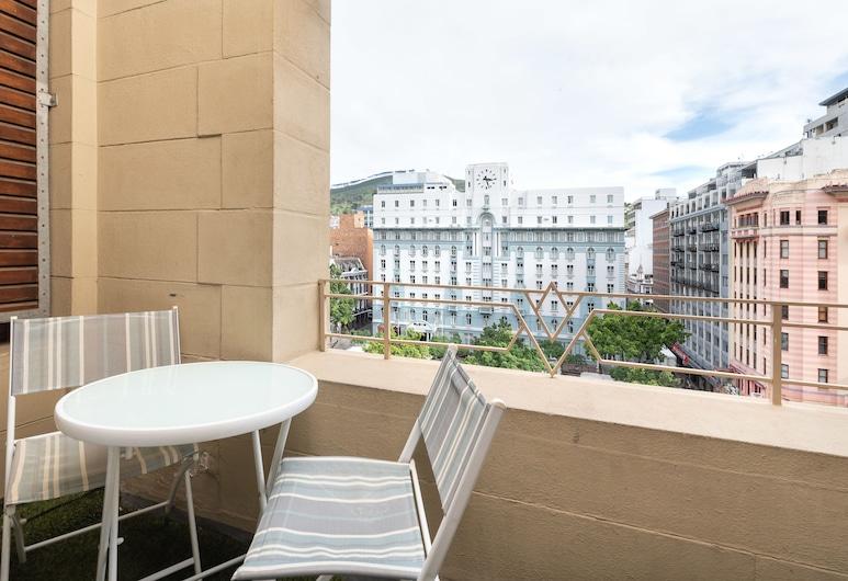 Market House 603, Cape Town, Comfort Apartment, Balcony