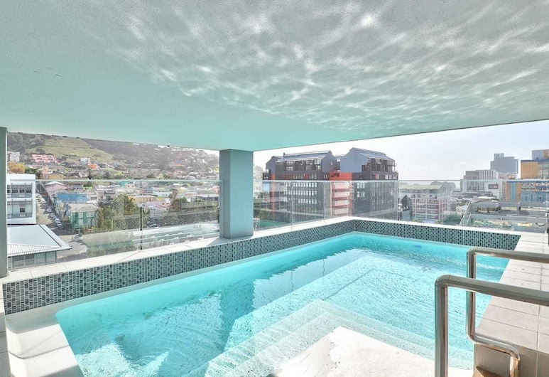 Sentinel 711, Cape Town, Outdoor Pool