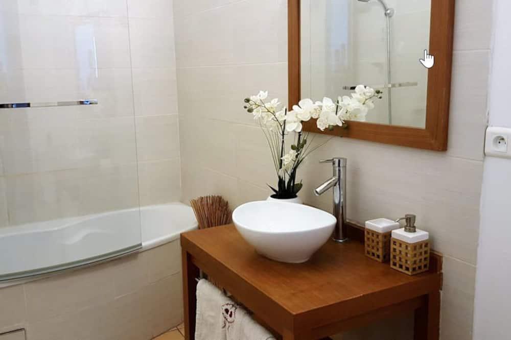 Double Room (Zen) - Bathroom Sink