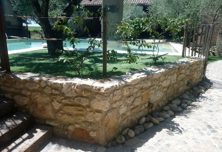 Domaine Sainte Suzanne - La Grange, Puimisson, Udendørs pool