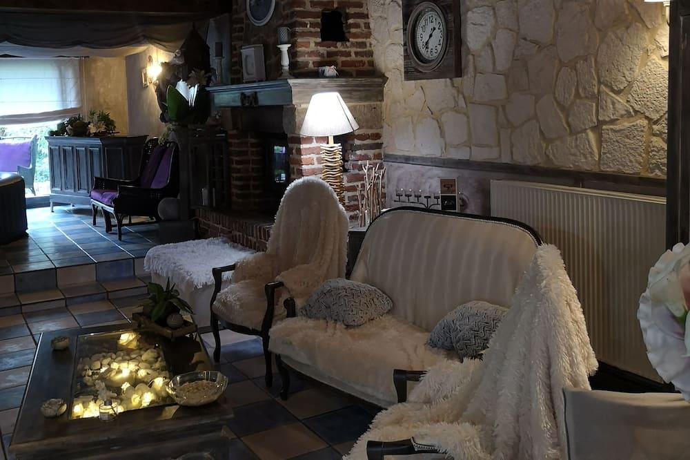 Pokoj Deluxe s dvojlůžkem nebo dvěma jednolůžky, dvojlůžko (200 cm), nekuřácký - Obývací pokoj