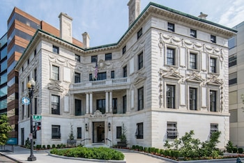 תמונה של Ampeer Luxury Residences בוושינגטון