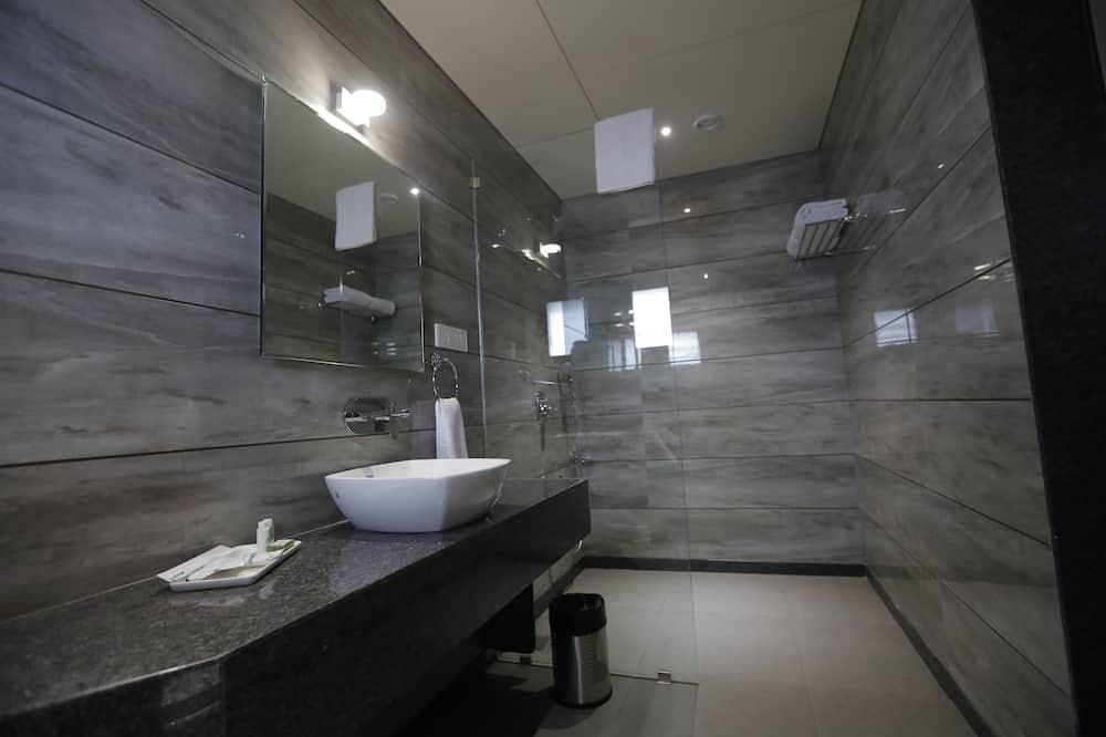 スタンダード ルーム ダブルベッド 1 台 禁煙 - バスルーム