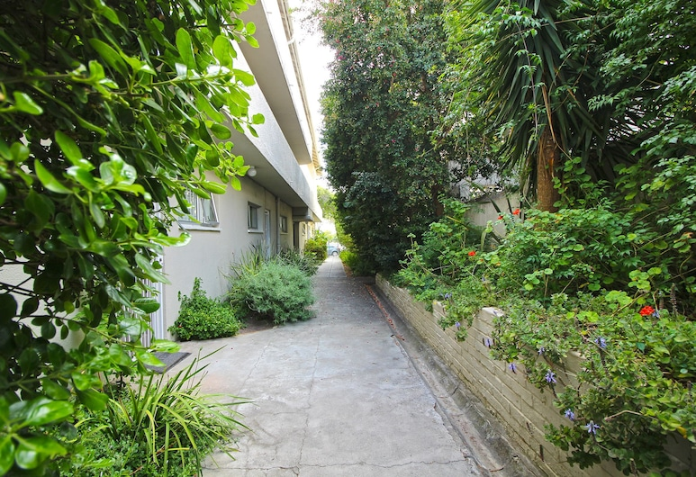 Sloane Square 19, Cape Town, Property Grounds
