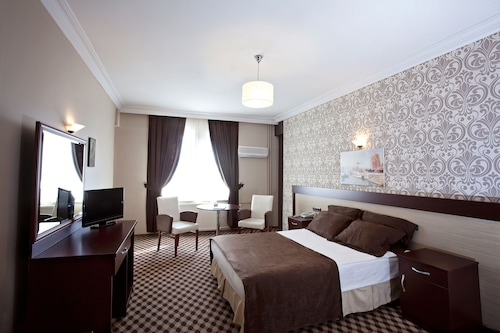 布爾科最佳酒店/