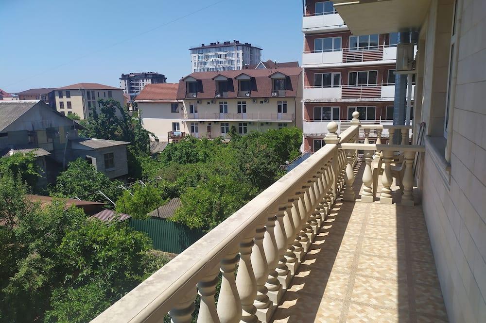 Kamar Triple Standar - Pemandangan Balkon
