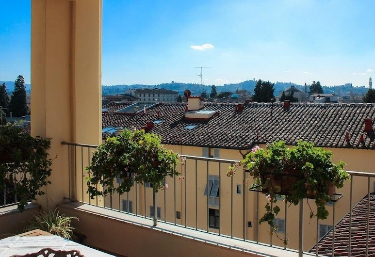 Via Modena Luxury apartment with Terrace, Floransa