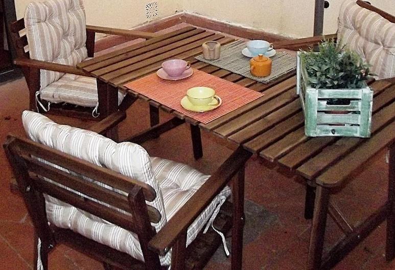 Guelfa Patio apartment, Florence, Appartement, plusieurs lits, non-fumeurs, Terrasse/Patio