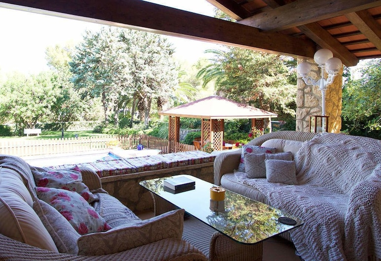 Villa Dolors, Roda de Bara, Apartment, 5 Bedrooms, Living Room