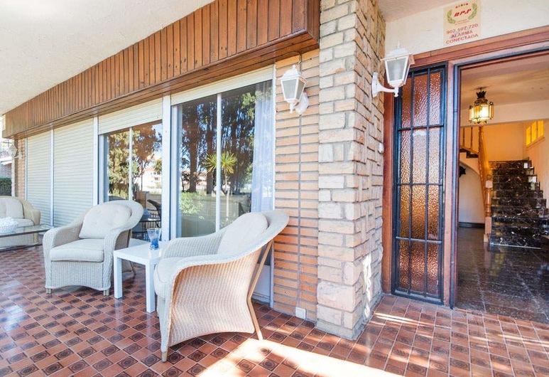 Villa Monica, Elvendreļa, Dzīvokļnumurs, piecas guļamistabas, Terase/iekšējais pagalms