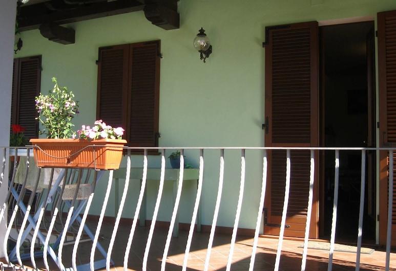 B&B La Magia del fare, Valenza, Family Room, Non Smoking, Terrace/Patio