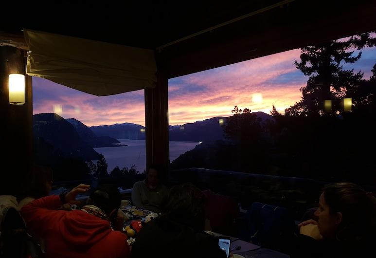 Arrayan - Hosteria de Montaña, San Martin de los Andes, Vista a partir do Hotel