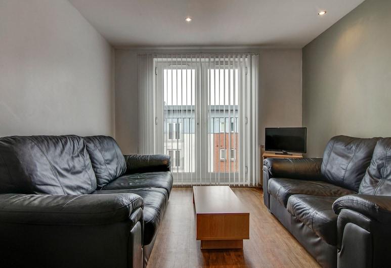 Bright & Modern 2-bedroom Flat - Sleeps 4, Manchester