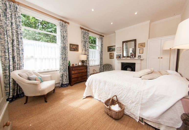 Bright and Homey House With Garden, for 5, London
