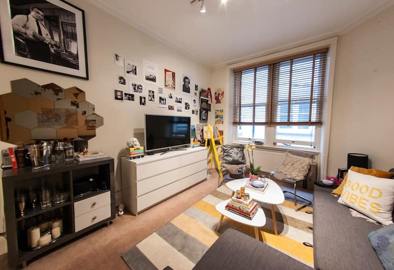 Cosy, Modern Flat in Covent Garden, London