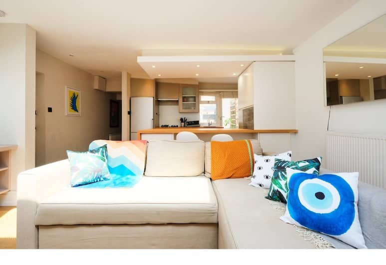 Modern, Newly Furnished Flat for 4 in Peckham, London, Area Keluarga