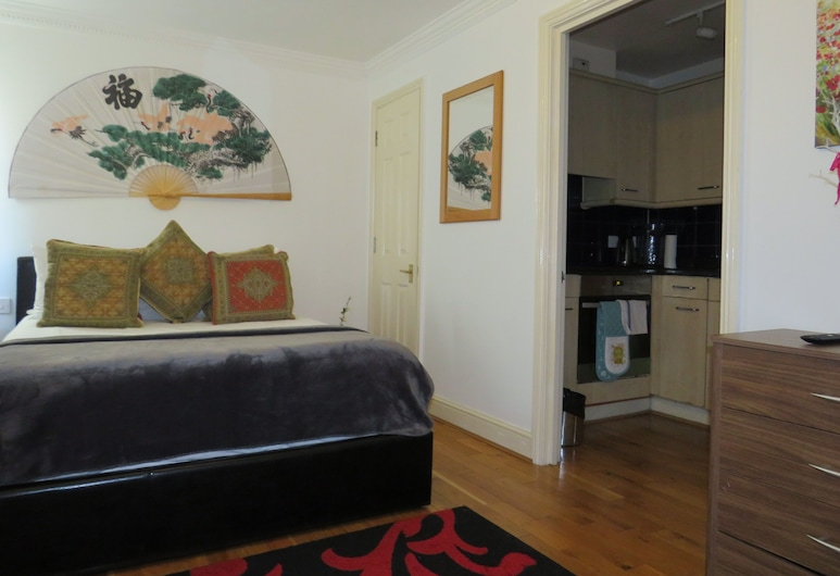 Quiet, Cozy 1BR Flat for 2 in Earls Court, Londýn, Apartmán (1 Bedroom), Izba