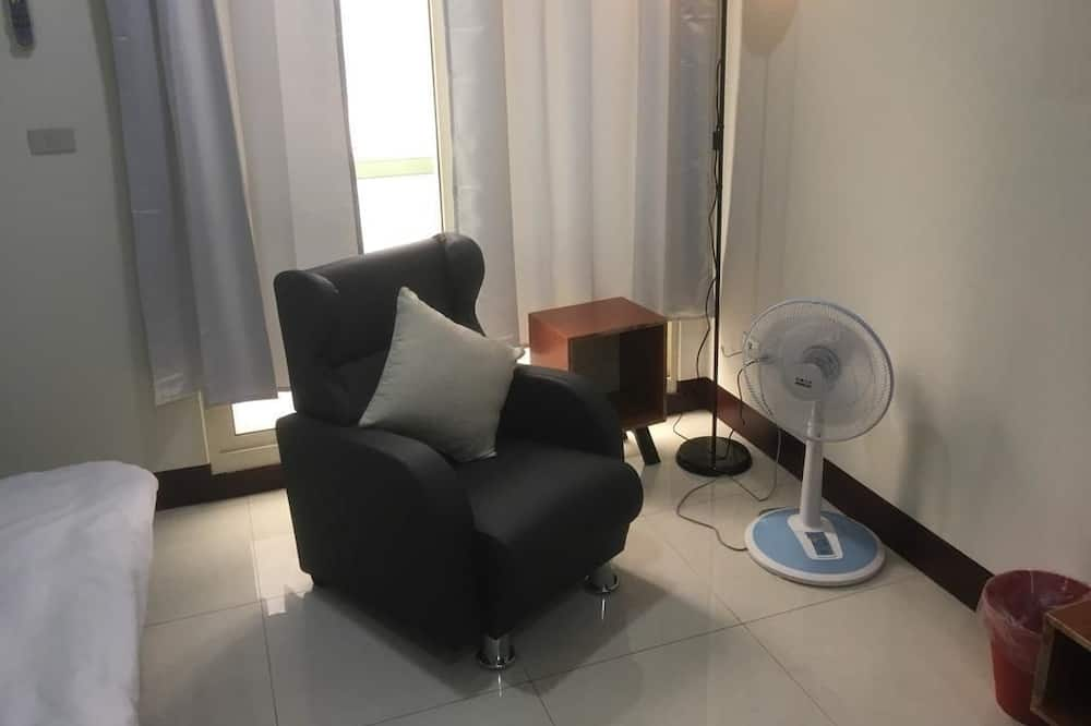 Comfort Quadruple Room, 2 Double Beds, Non Smoking, Private Bathroom - Guest Room