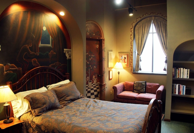 Canterbury Inn, Madison, Deluxe Room, 1 Queen Bed, Guest Room
