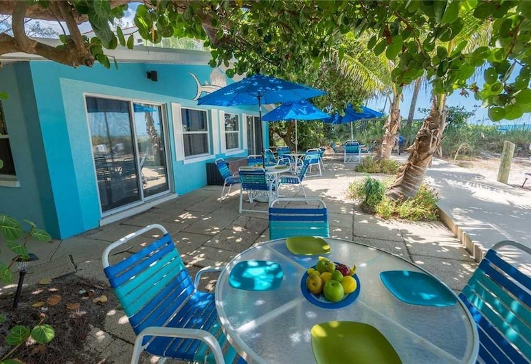 Sailfish Beach Resort Unit 3 Apartment 1, Holmes Beach, Apartment, Terrace/Patio
