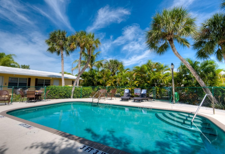Southern Breeze, Anna Maria, Townhome, 2 Bedrooms, Pool