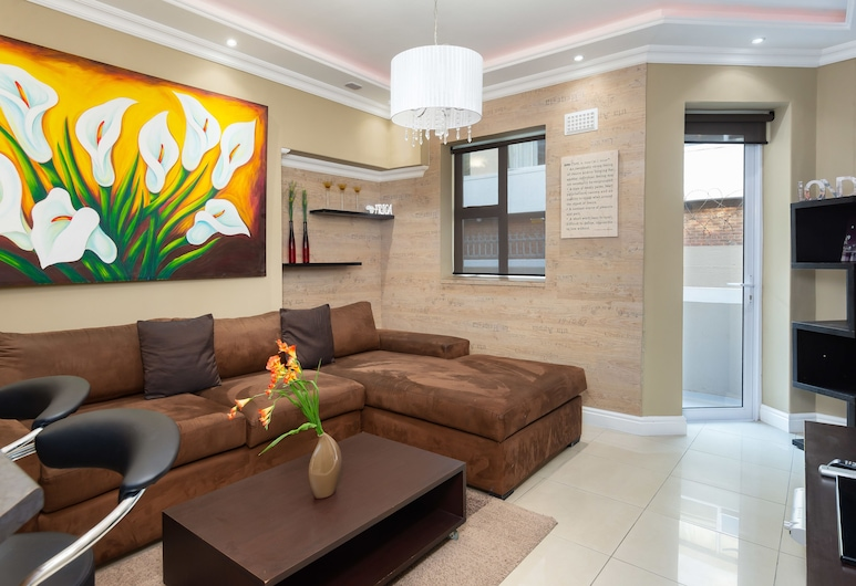 Ananda 5, Cape Town, Comfort Apartment, 1 Queen Bed, Non Smoking, Living Room