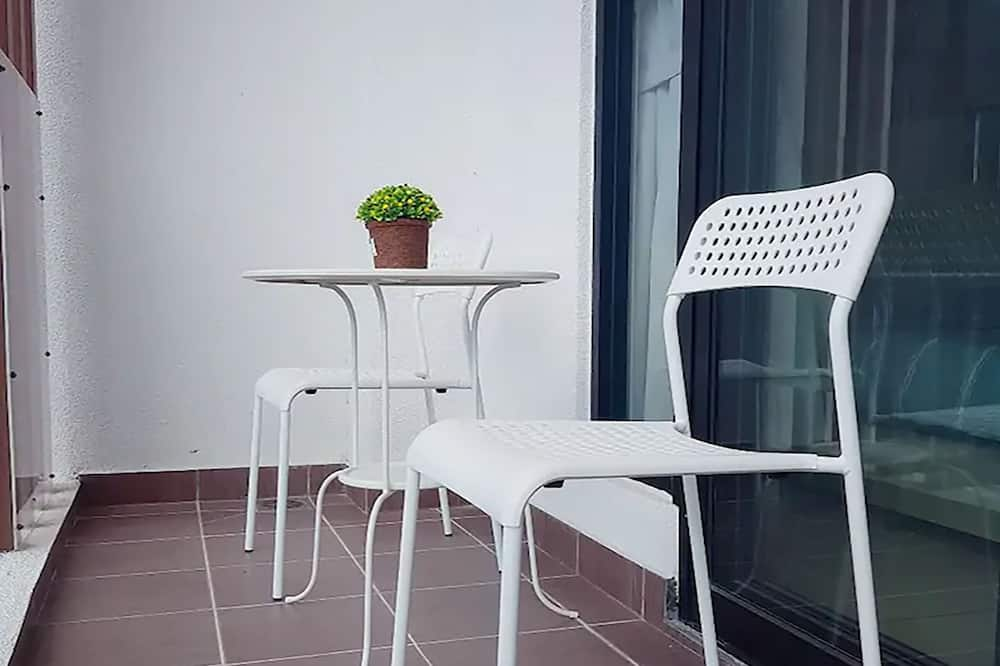 Apartment, 2 Bedrooms (Little Home 813A) - Balcony