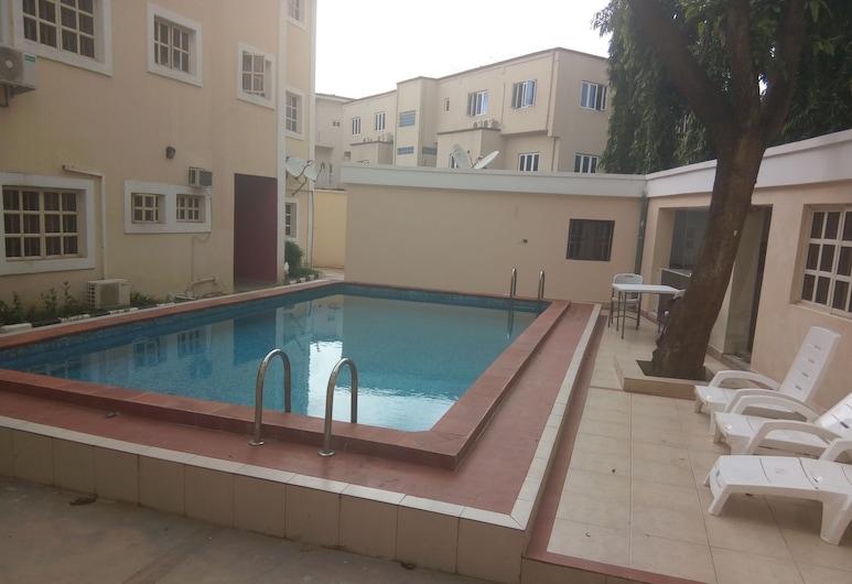 Dwell Apartments, Абуджа, Відкритий басейн