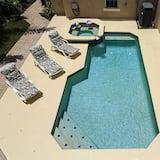 สระ Lap Pool สำหรับว่ายออกกำลัง