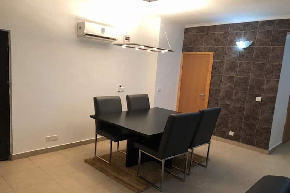 Apartmán typu Deluxe, 2 spálne, nefajčiarska izba - Stravovanie v izbe