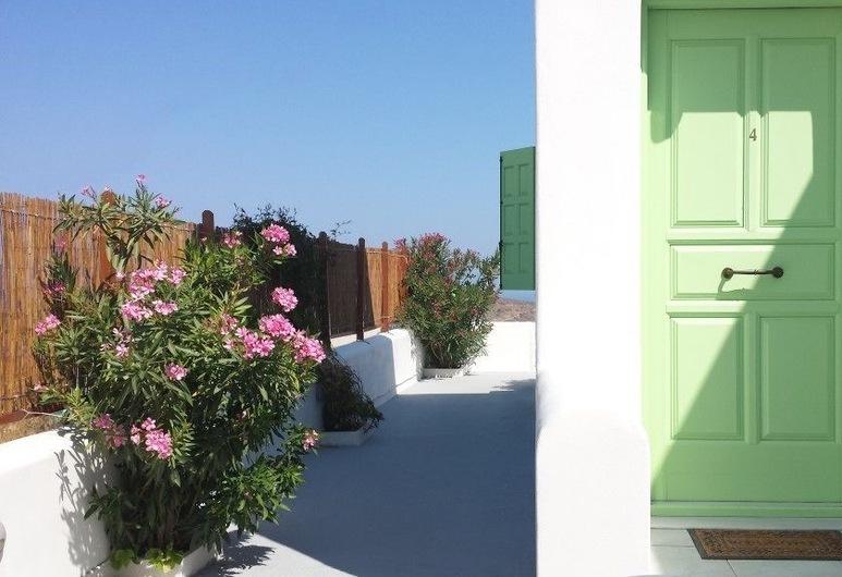 에프티미아스 룸, 밀로스