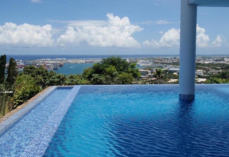F2 Blue One Holiday home 1, Papeete, Lauko baseinas