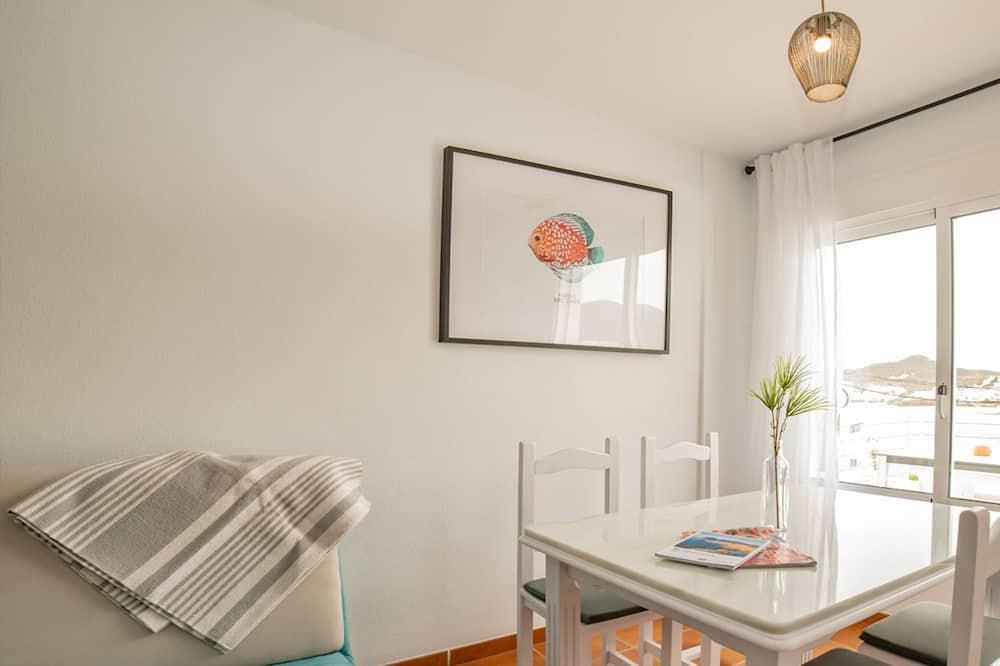 Familieværelse - 2 enkeltsenge - ikke-ryger - Spisning på værelset