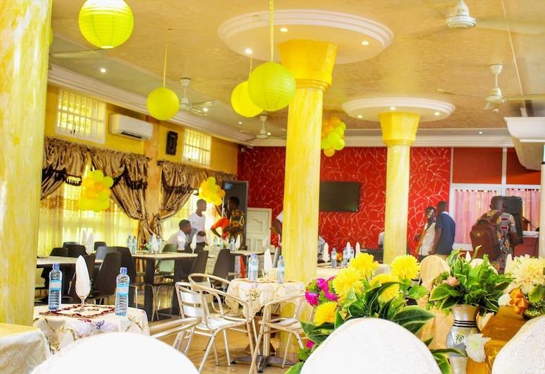 i5hotel, Abomey-Calavi, Restaurant