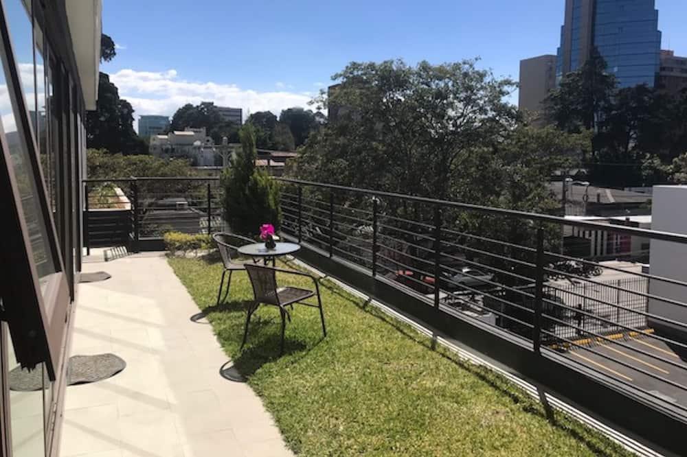 Executive Apartment, 2 Bedrooms - Terrace/Patio