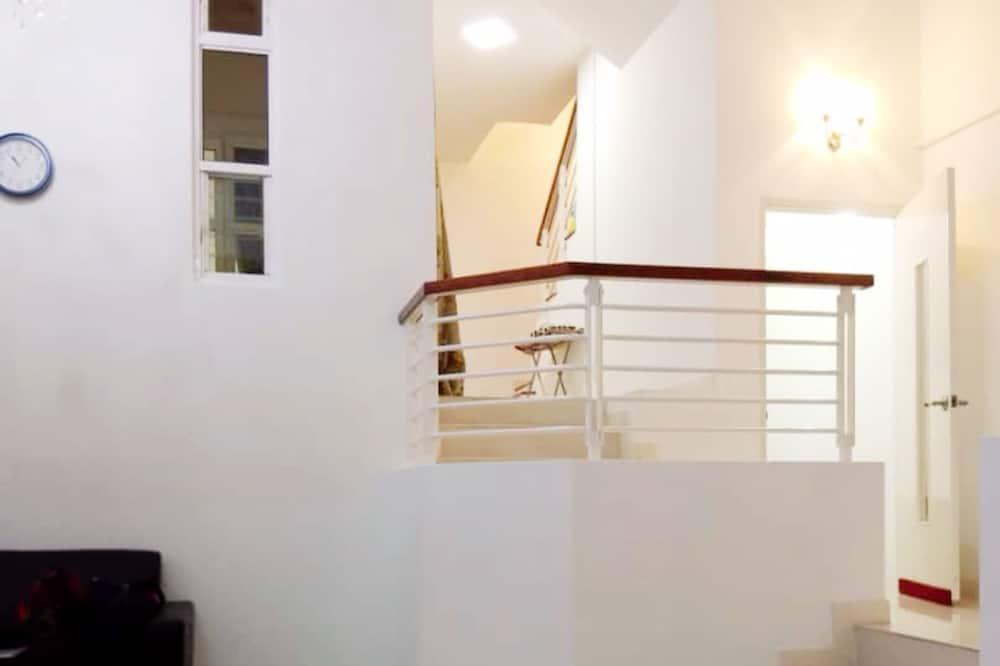 Rodinný dom, 6 spální, výhľad na zátoku - Obývacie priestory